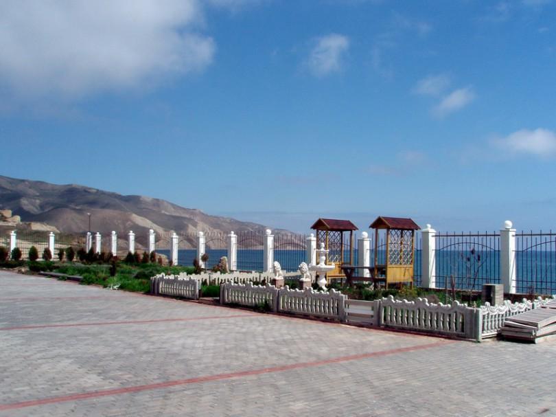 частные апартаменты на берегу моря в Орджоникидзе.