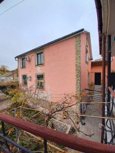 Продается дом в Феодосии для жизни и бизнеса.
