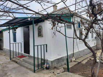 Купить 1/2 дома в пригороде Феодосии в Б.Боевом.